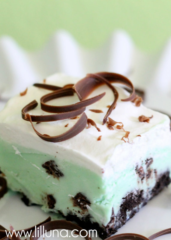 You'll be sure not to get pinched as you get in the spirit with these 10 Frozen Treats for St. Patrick's Day.