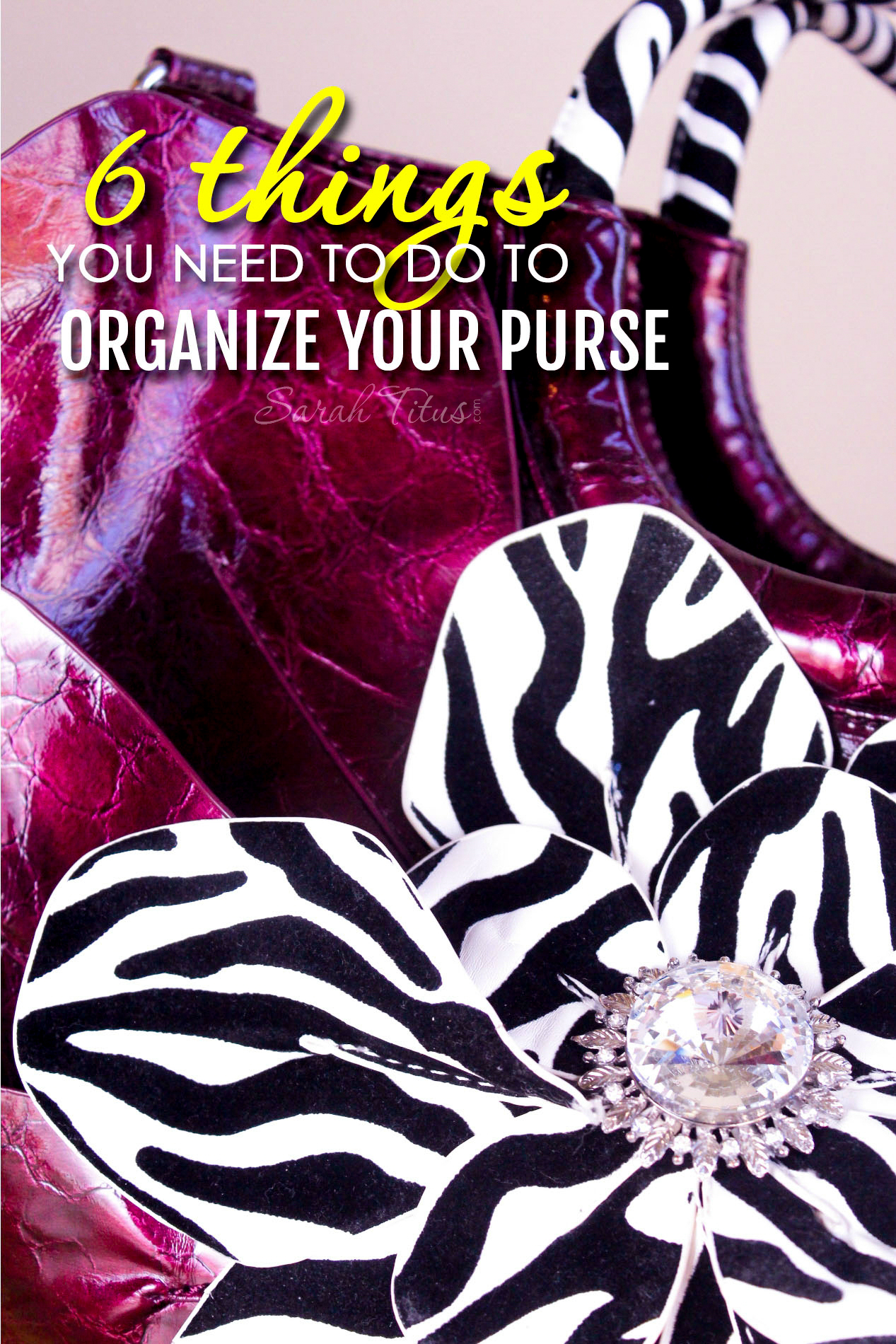 Is peeking into your purse a little like wandering into Narnia? Like you'll never know what's in there or if you'll run into some nasty surprises? It doesn't have to be! Here are 6 things you need to do to organize your purse!