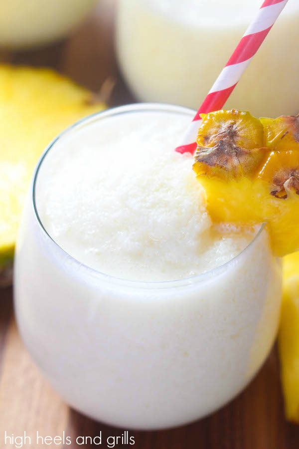 Next time pineapples are on sale, I SO wanna try this!