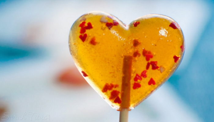 Easy Honey Lollipops