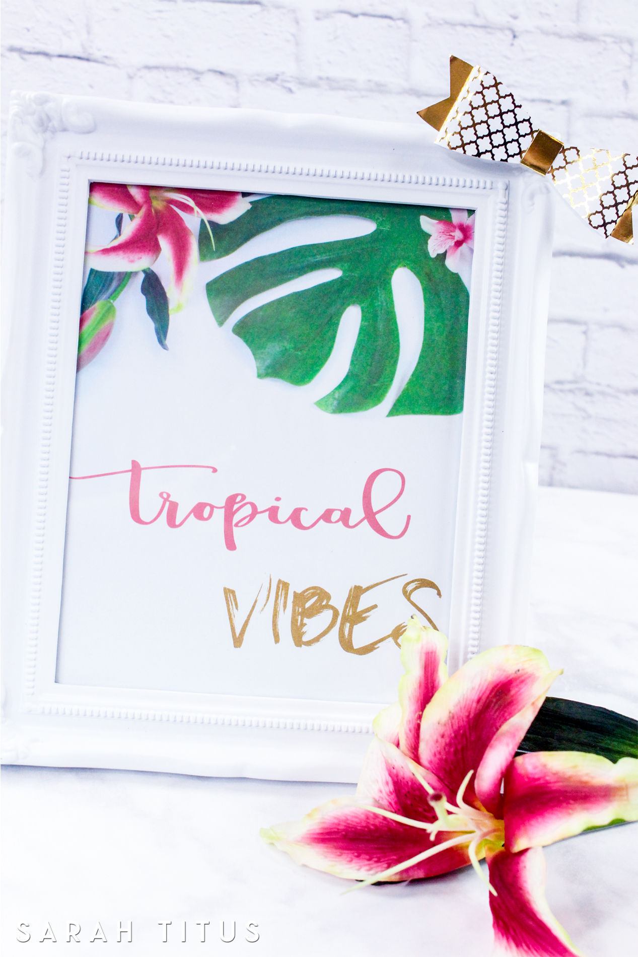 What we have in our space affects us and our emotions.This Tropical Vibes Wall Art will help you feel more relaxed, restful, and not to mention peaceful!