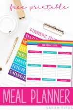 Ditch the overwhelm and save money by planning ahead with this free printable meal planner! #freeprintablemealplanner #mealplanner #printablemealplanner