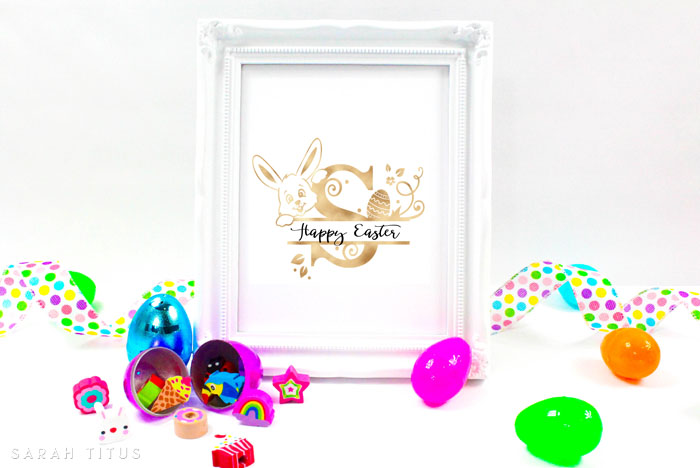 These free printable Easter monogram wall signs are perfect to decorate your home this holiday season! Print and keep yourself or frame and give as a gift!