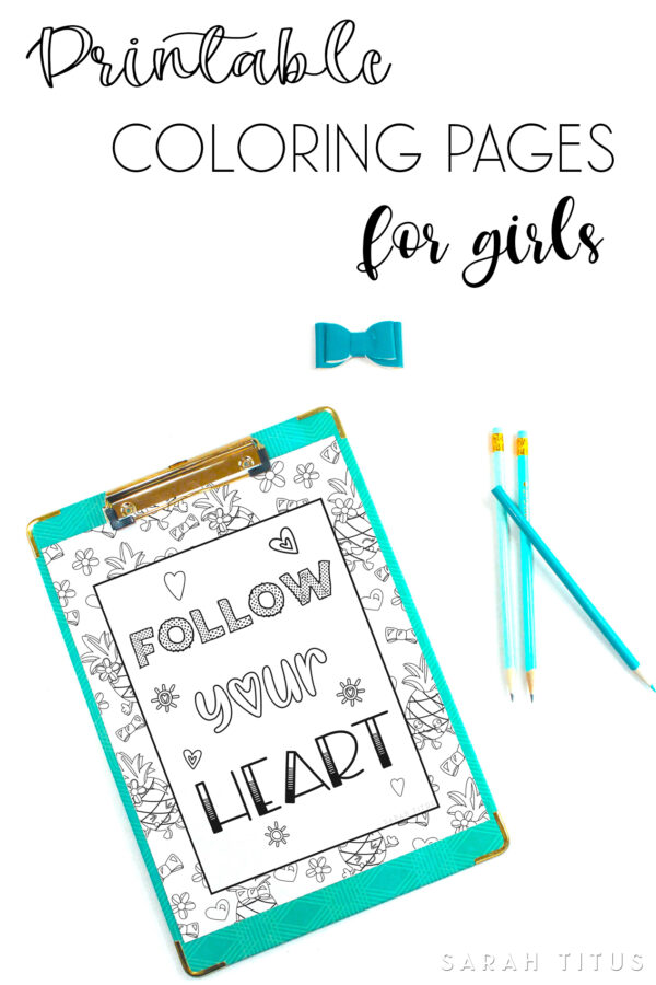 In need of something cute and sweet to inspire you. Here's 2 free printable pineapple coloring pages for girls! #freeprintable #printablecoloringpage #color